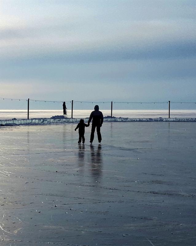 baikal ice skating