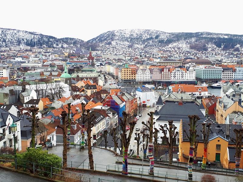 winter view bergen wizz air cheap deal flight