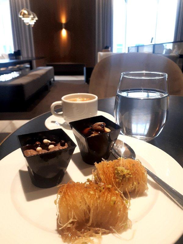 lounge dessert baklava