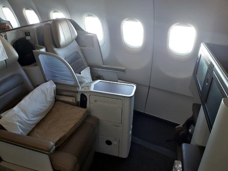saudia business class seats a320