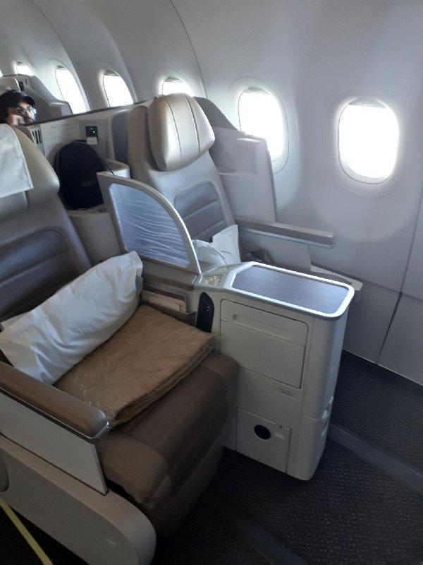 saudia business class seat a320