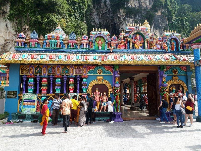 batu temple hindu