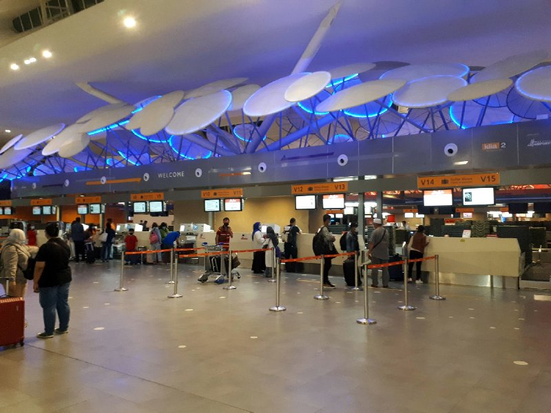 check-in klia2 air asia review