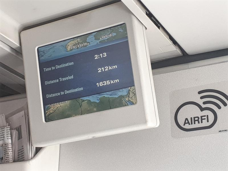 overhead monitor tarom a318 business class review