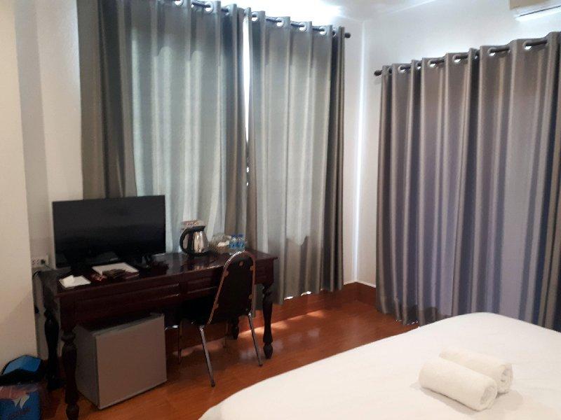 simon riverside hotel double room