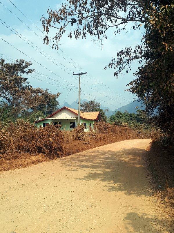 road vang vieng countryside