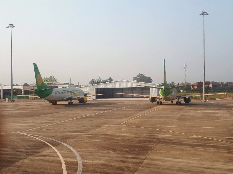 lao central airlines vientiane airport