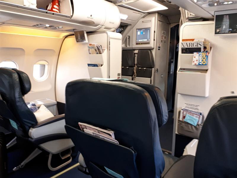 azerbaijan airlines azal business class seat review