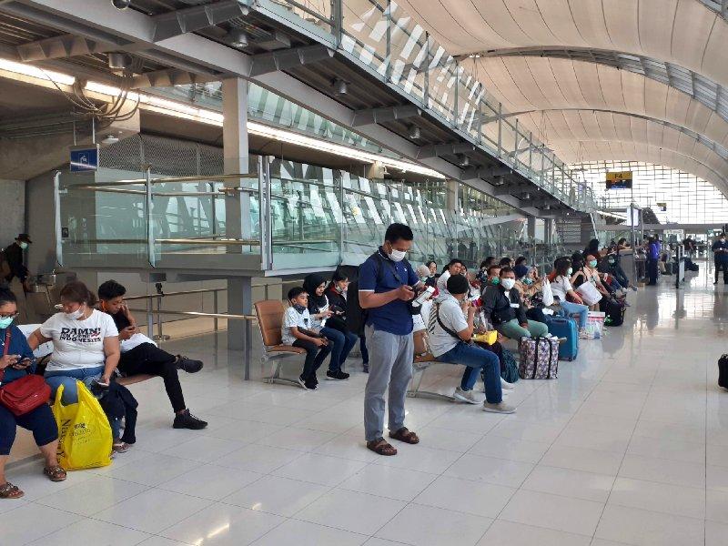 boarding gate bangkok