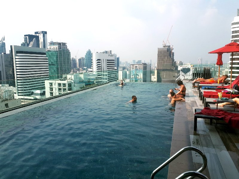 ibis styles sukhumvit 4 review swimming pool