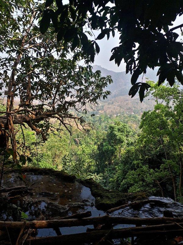 jungle view kuang si