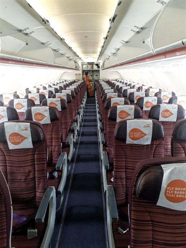 thai smile economy class cabin review