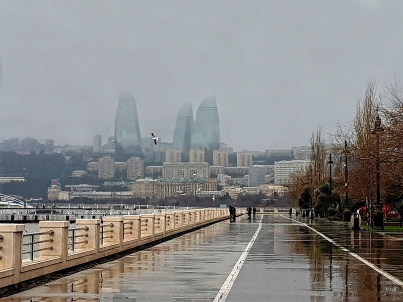baku boulevard promenade azerbaijan trip report flame towers