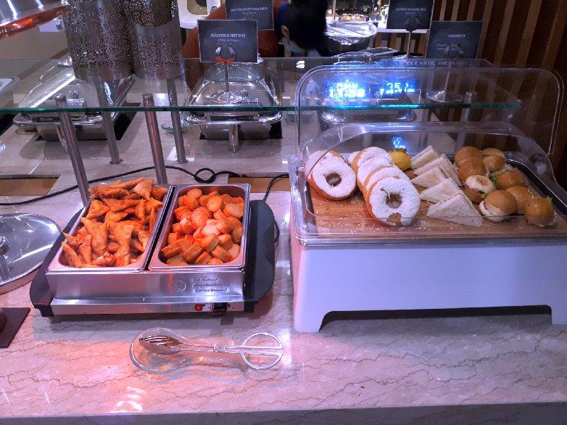 samosa donut sandwich lounge