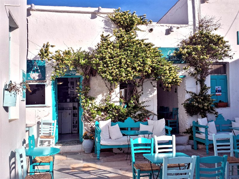 hora serifos cafe tavern square