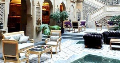 shah palace hotel atrium