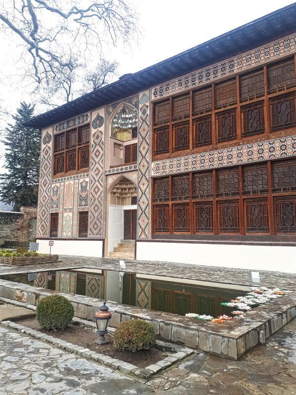 khan's palace sheki azerbaijan
