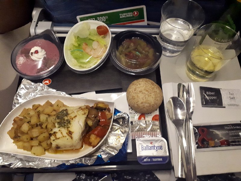 cod dinner turkish airlines meal economy class boeing 777 review