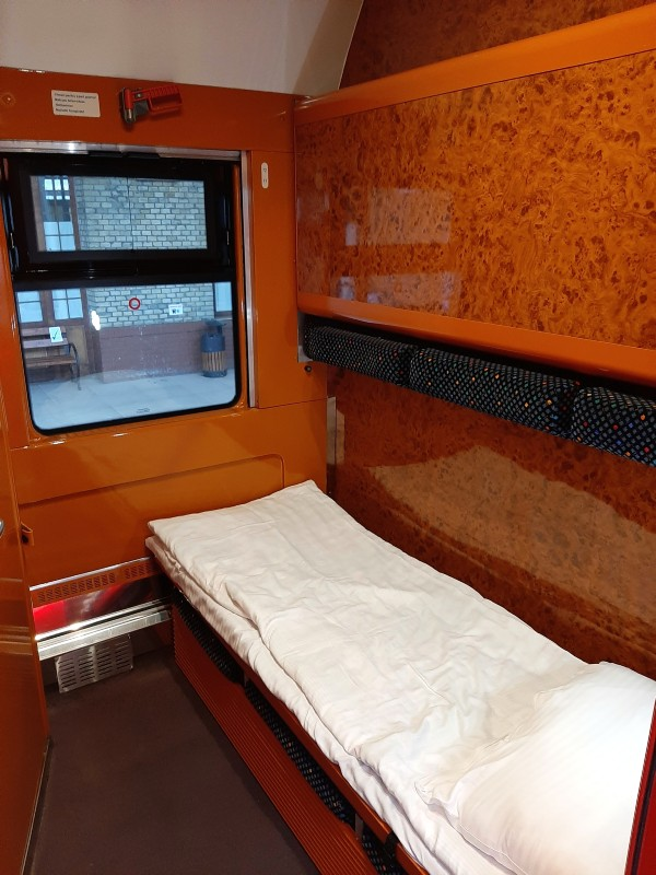 astra trans carpatic lux compartment sleeper