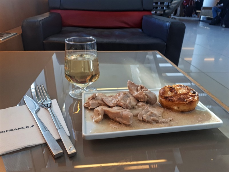 air france lounge buffet food cdg hall k
