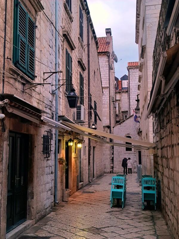 dubrovnik evening street