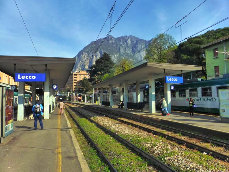 lecco train station