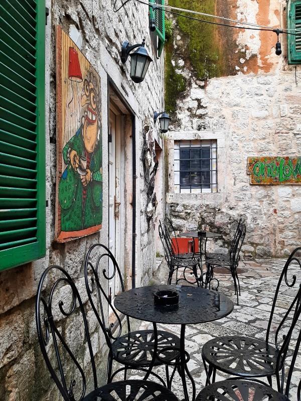 letrika art cafe