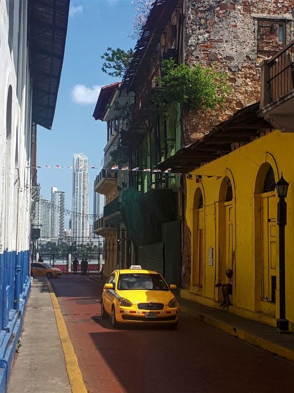 casco viejo panama taxi