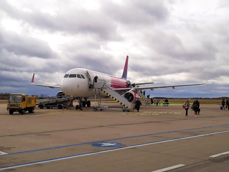 wizz air airbus a320 memmingen