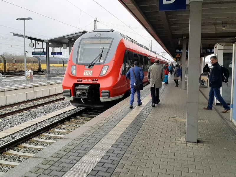 landshut hbf airport train