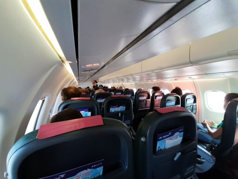 sky express atr 42-500 domestic flight greece
