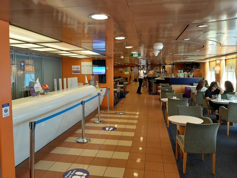 blue star naxos ferry reception