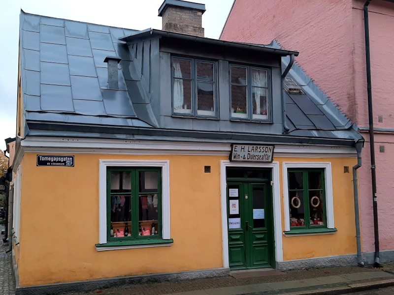 traditional store