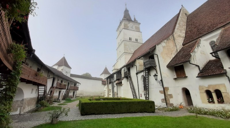 harman fortified churches transylvania saxon