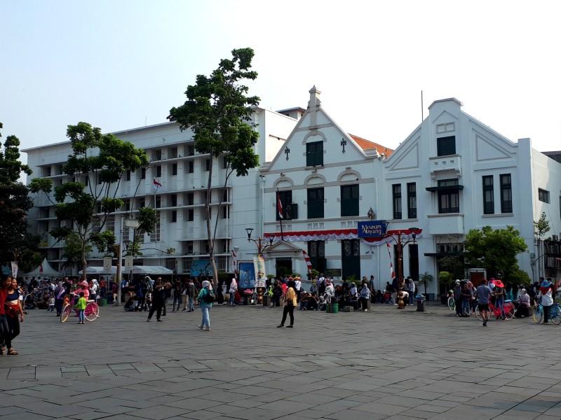 dutch architecture indonesia jakarta