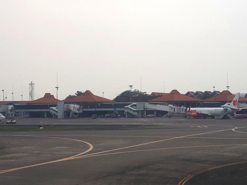 old jakarta airport terminal