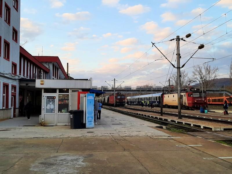 caransebes railway station