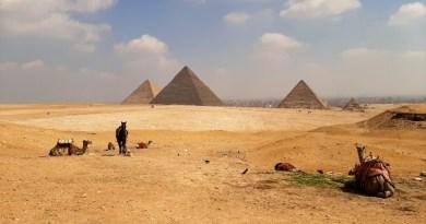 giza pyramid view
