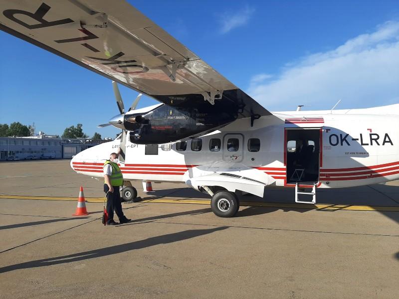 let l-410 turbolet zagreb airport trade air