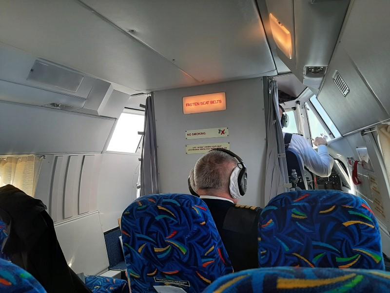 let l-410 turbolet cockpit