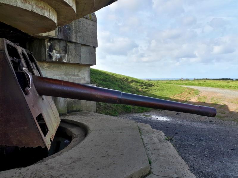 longues-sur-mer coastal battery d-day sights tour visit