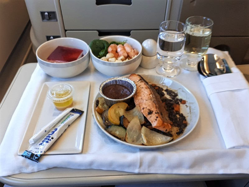salmon singapore airlines business class