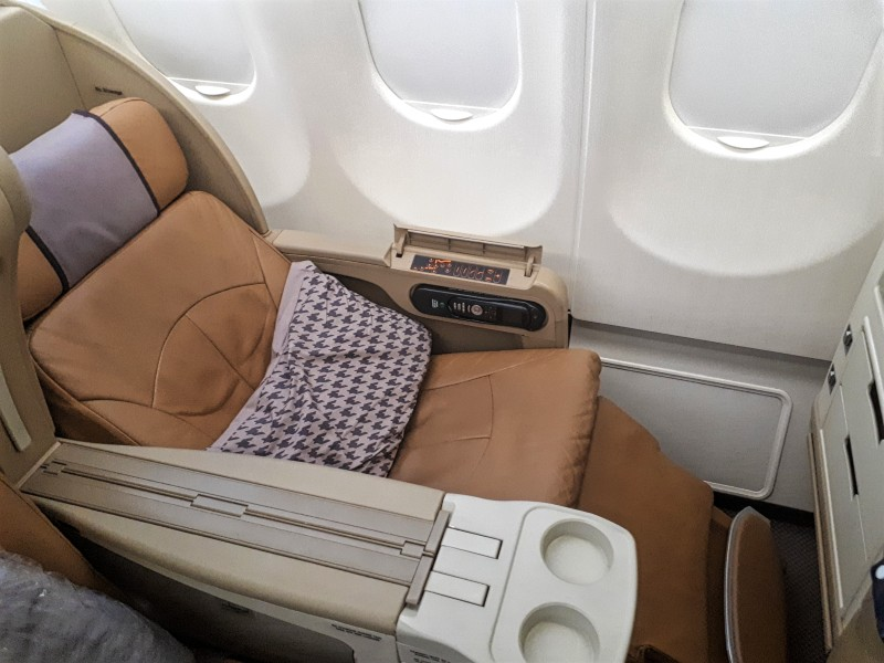 singapore airlines airbus a330 business class