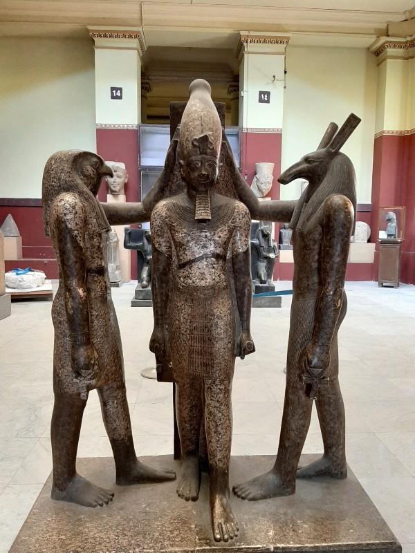 horus anubis statue