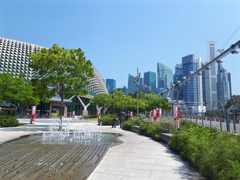 esplanade singapore theatres on the bay