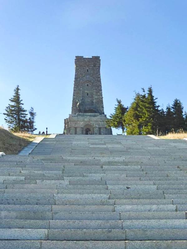 shipka pass war monument