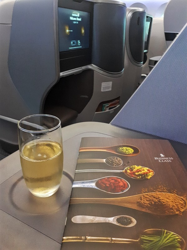 champagne singapore airlines