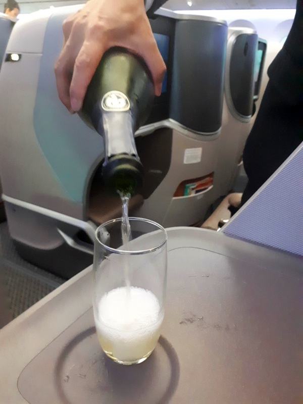 refill champagne