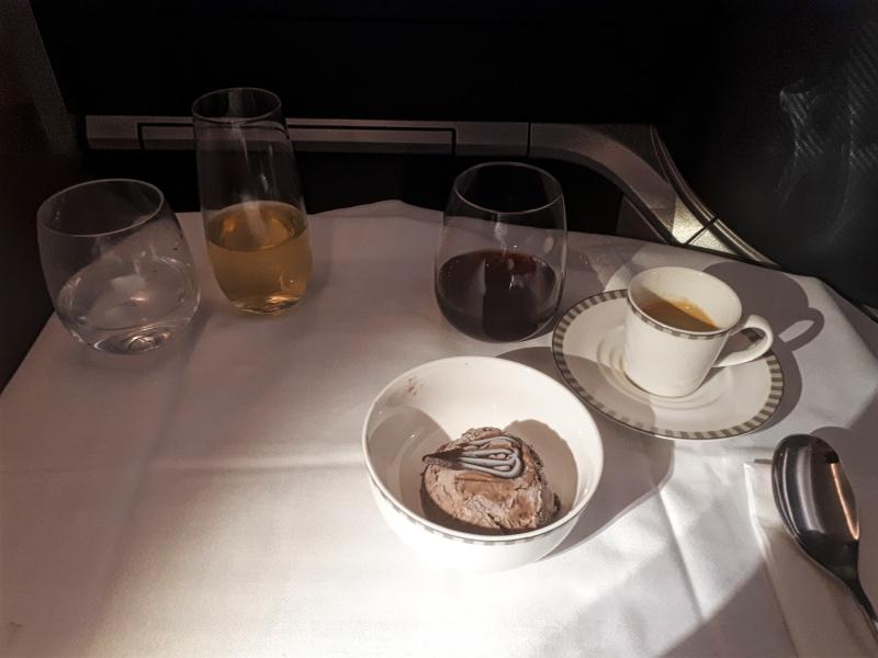 dessert singapore airlines boeing 787 business class