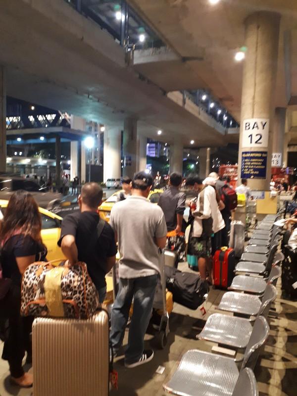 manila airport taxi rank